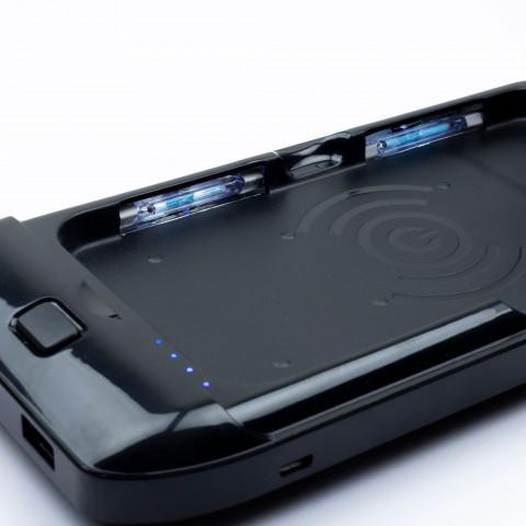 UV-puhdistin puhelimelle langattomalla laturilla